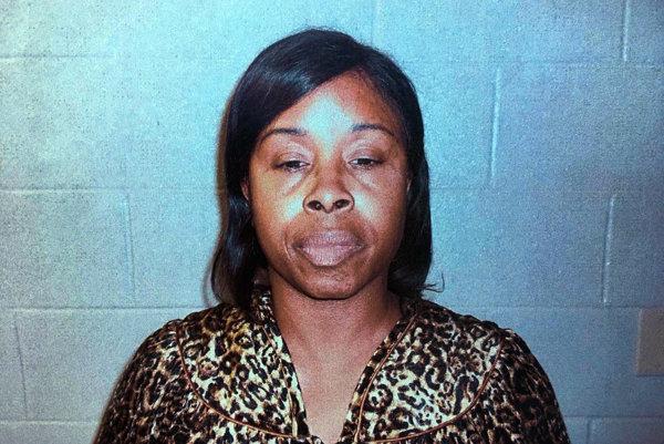 Gloria Williams, žena podozrivá z únosu.