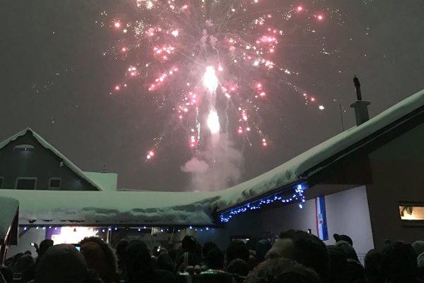 Novoročný ohňostroj nad Svidníkom.
