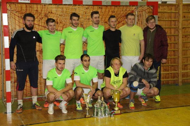1. miesto – FC Šarfia.