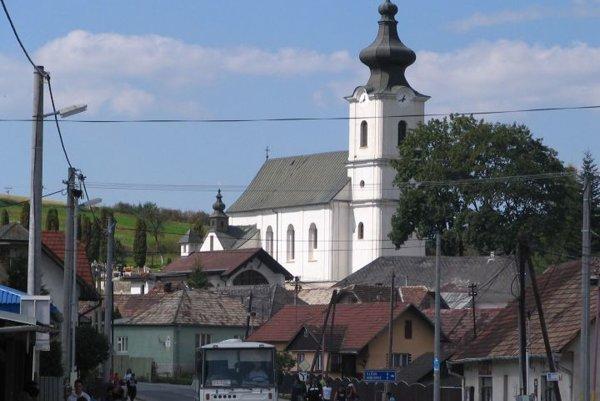 Z obce Bystrany.