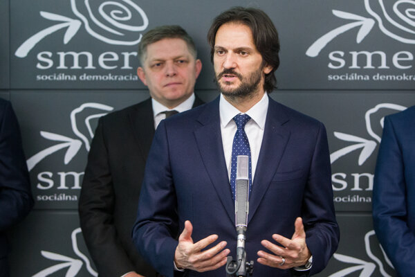 Minister vnútra Robert Kaliňák a premiér Robert Fico.
