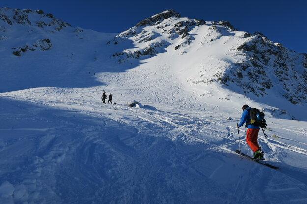 Ideme hore na Salatín (2048 m).