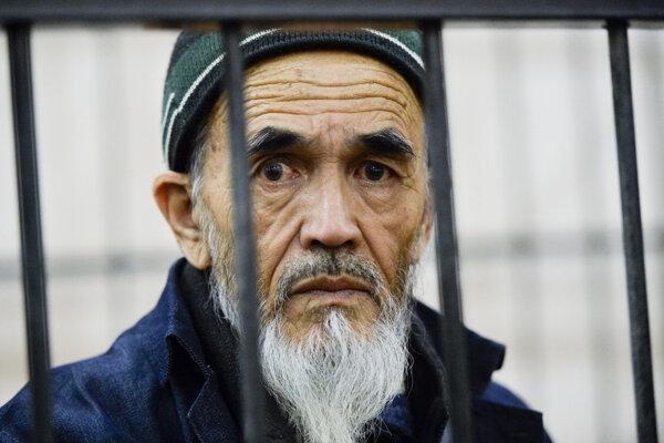 Odsúdený kirgizský novinár a aktivista Azimžan Askarov.