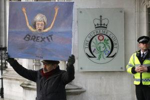 Spojené kráľovstvo nemôže spustiť brexit bez parlamentu, rozhodol súd.