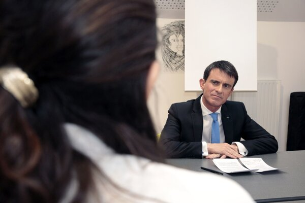 Ľavicový kandidát Manuel Valls.
