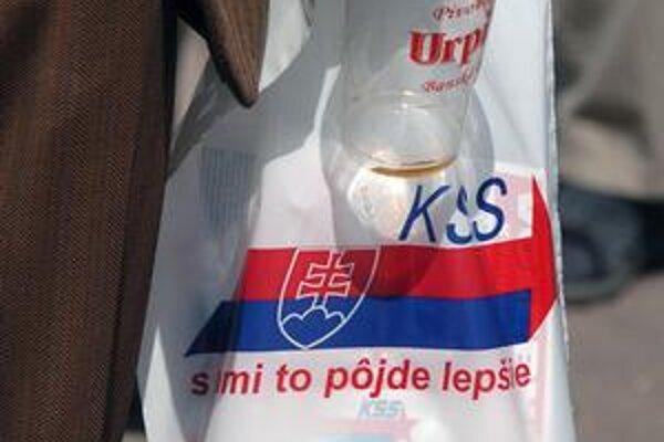 Komunisti na Slovensku sa stále hlásia k myšlienkam marxizmu.