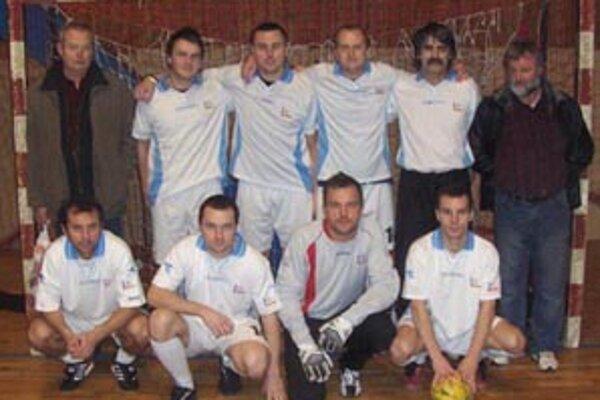 Líder najvyšej prievidzskej súťaže v malom futbale - Euro centrum.