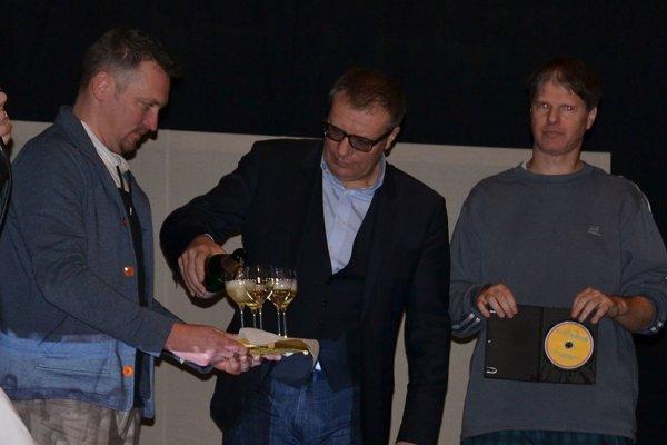 Ján Kováčik krstil futbalové DVD po prvýkrát.