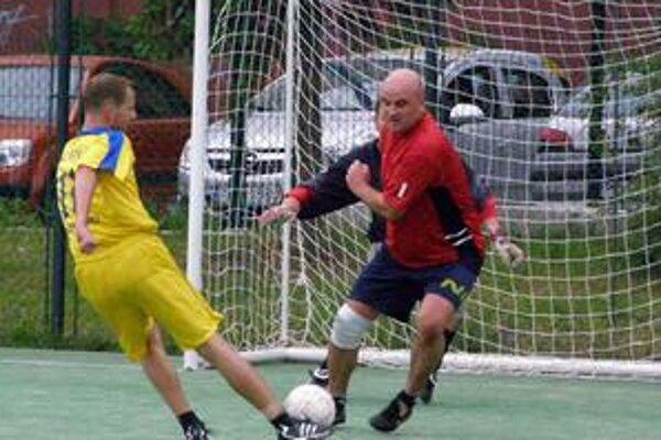Malý futbal má v Prievidzi a blízkom okolí širokú hráčsku základňu.