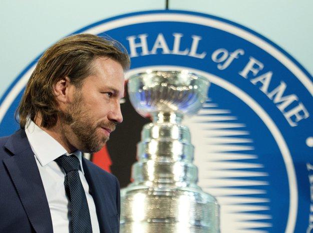Peter Forsberg je legendou NHL, zaradili ho aj do Siene slávy.
