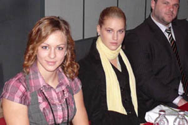 Petra Fašungová (v strede) je slovenskou reprezentantkou v behu do vrchu.