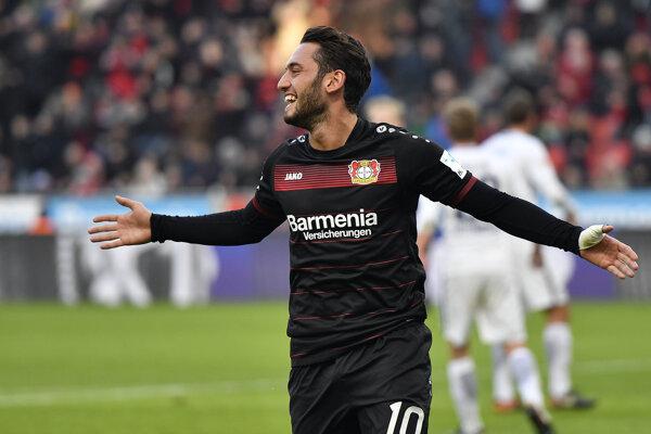 Calhanoglu bude Leverkusenu veľmi chýbať.
