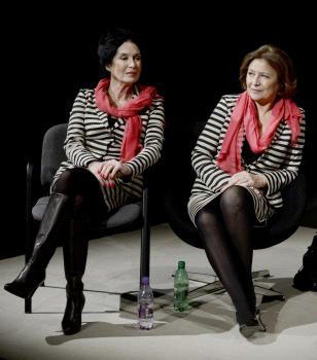 Zuzana Kocúriková s kolegyňou Emíliou Vášaryovou