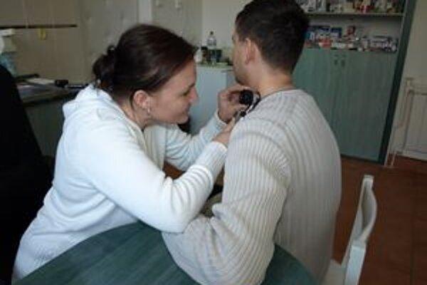 Vyšetrenia pomáhajú včas diagnostikovať zhubný melanóm.