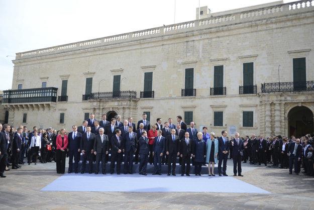 Európski lídri sa streli na neformálnom summite na Malte.
