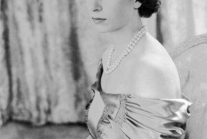 Na archívnej snímke z 30. augusta 1949 vtedy ešte princezná.