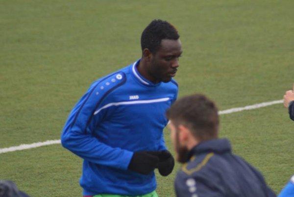 VKošiciach testujú hráča zAfriky. FC VSS skúšajú Kamerunčana Tatu, ktorý naposledy pôsobil vKeni. Vprípravnom dueli proti Lipanom dal gól.