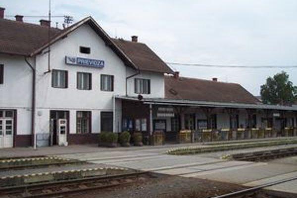 O rekonštrukciu prievidzskej železničnej stanice nemajú investori záujem.