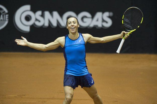 Francesca Schiavoneová sa teší z víťazstva.