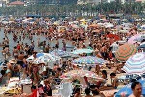 Je preplnená pláž dôvodom na odškodné za pokazenú dovolenku? Posúdi cestovná kancelária.