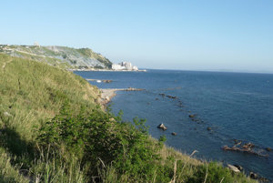 Durres: pobrežie na sever od mesta.
