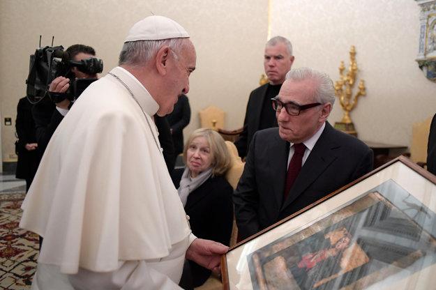 Režisér Martin Scorsese premietol film Mlčanie Františkovi.