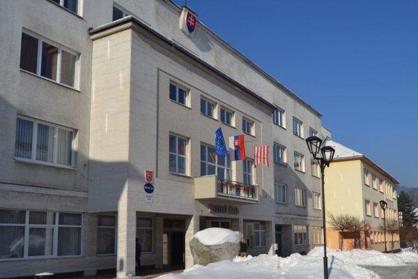 Budova Mestského úradu v Turzovke. Ilustračné foto.
