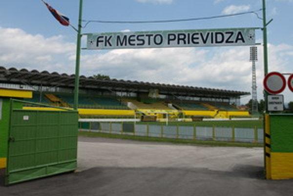 V prvej lige patrí prievidzský futbalový štadión k najkrajším. Zostane v sobotu opäť prázdny?