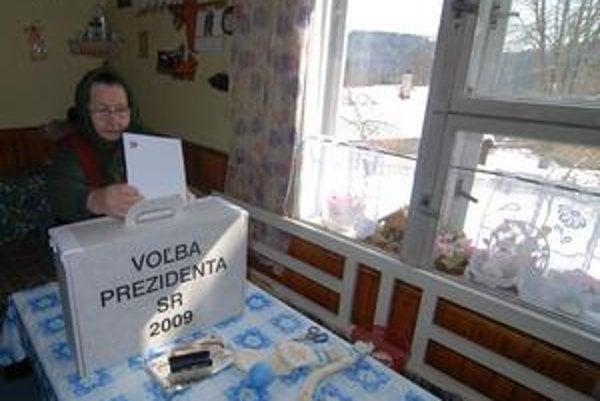 Vidiek a mestá vidia volebných lídrov ináč.