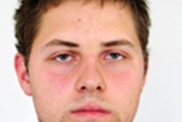 Dávid Birkuš sa nezdržiava v mieste bydliska, pátra po ňom polícia.