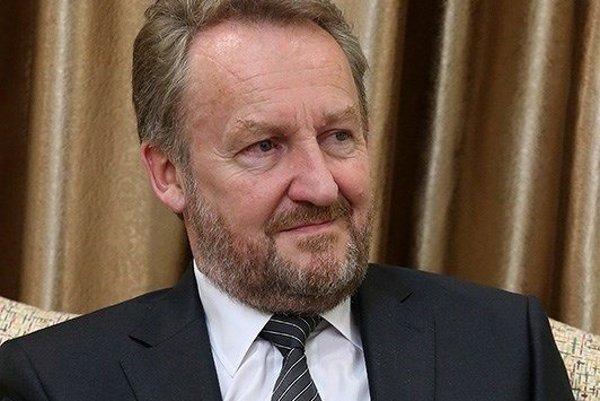 Člen predsedníctva Bosny a Hercegoviny, bosniansky Moslim Bakir Izetbegovič.
