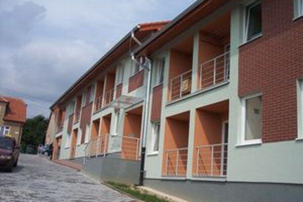 Bytový dom na Školskej ulici je zatiaľ posledným, ktorý v Bojniciach postavili.