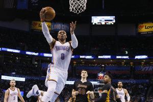 Basketbalisti Oklahomy City Thunder zvíťazili v zámorskej NBA nad Los Angeles Lakers 110:93.