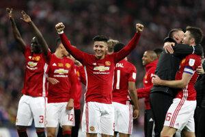 Vo finále proti Ajaxu bude hrať Manchester United.