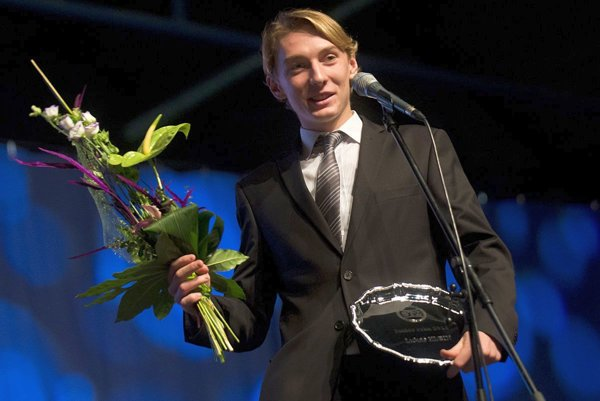 Ocenili ho aj vSpišskej Novej Vsi. Talentovaný Lukáš Klein vyhral vSpišskej Novej Vsi anketu vkategórii športovcov do 19 rokov. Predtým triumfoval aj na celoslovenskej tenisovej ankete ako Junior roka 2016.
