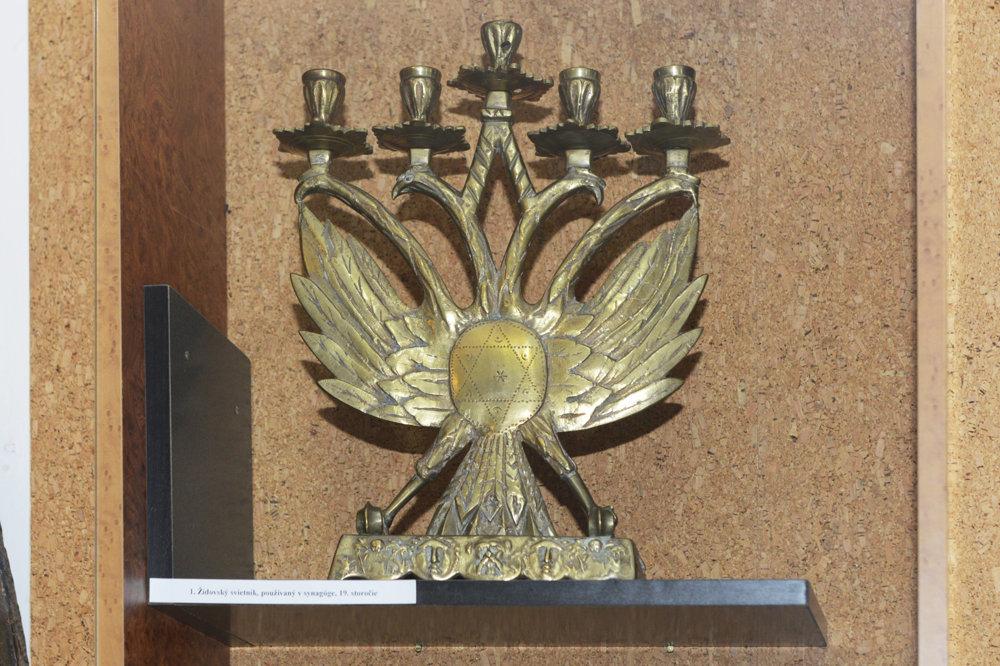 Židovský svietnik.