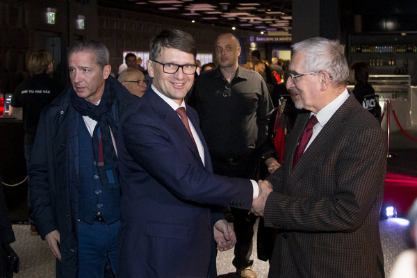 Podpredseda Smeru a minister kultúry Marek Maďarič po premiére filmu Únos povedal, že Mečiarove amnestie by zrušil.