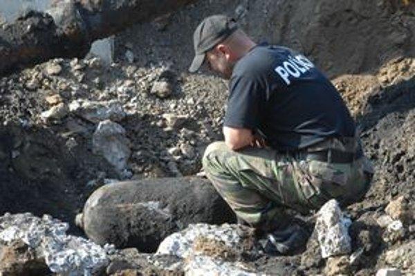 Starú muníciu by mali vždy likvidovať odborníci - pyrotechnici.