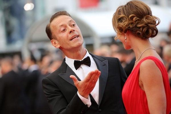 Porno hviedza Rocco Siffredi na festivale v Cannes.