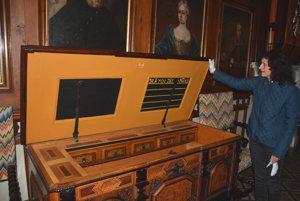 Vzácna truhlica zroku 1701.