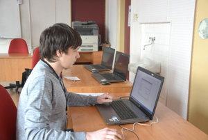 Rožňavčan Patrik Žori. Patrik je majstrom sveta vdisciplíne word processing.