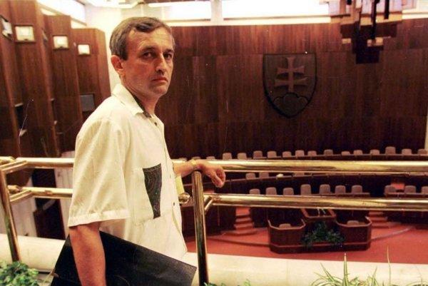 Gaulieder v deň únosu Kováča mladšieho kritizoval šéfa SIS Ivana Lexu.