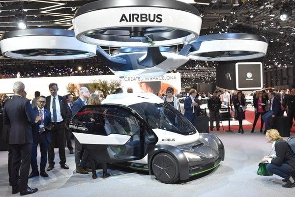 Dron firmy Airbus na ženevskom autosalóne. Letecký koncern Airbus vystavoval na stánku firmy Italdesign dron i pozemný modul svojho cestno-vzdušného dopravného systému Pop.Up.