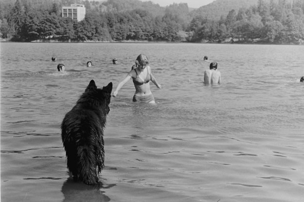 Kúpanie v Počúvadlianskom jazere.