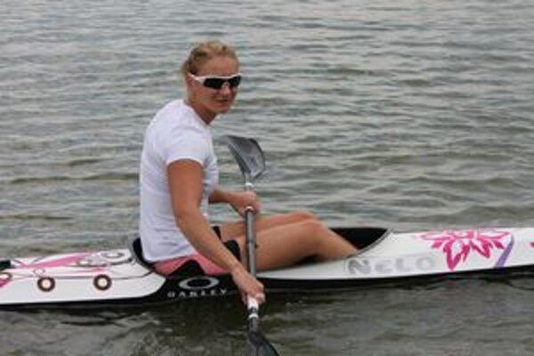 Ivana Kmeťová na vode.