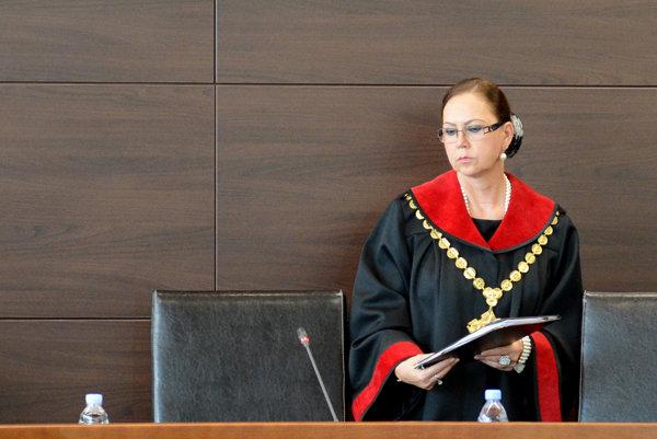 Ivettu Macejkovú za predsedníčku ústavného súdu vymenoval exprezident Ivan Gašparovič vo februári 2007.