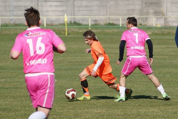 Ilustračné foto zo zápasu Urmince - Orešany.