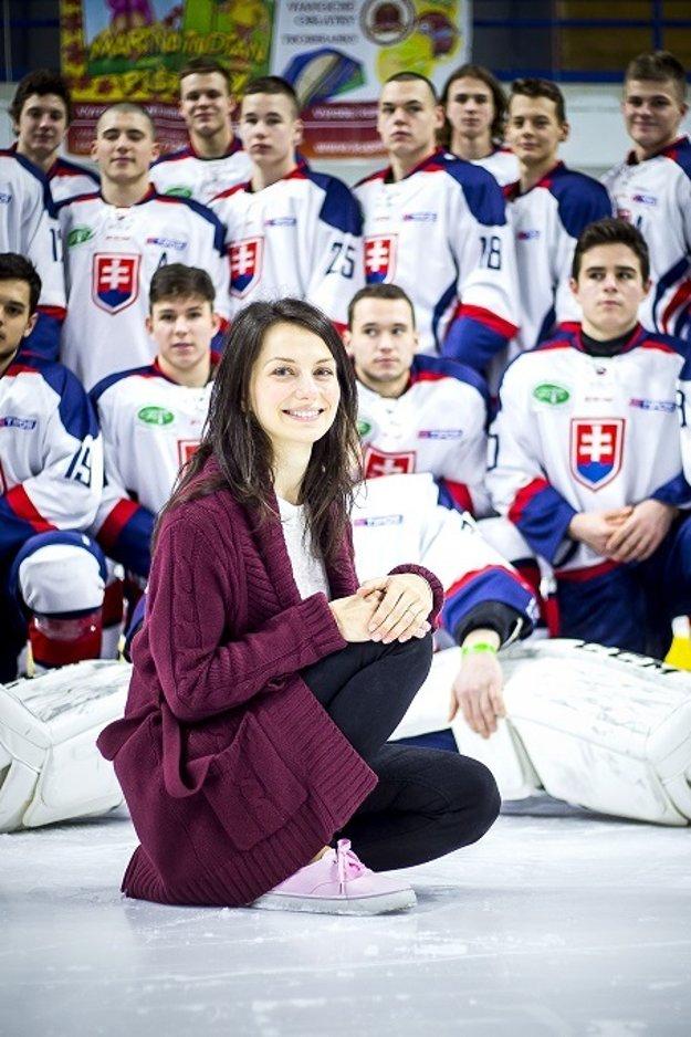 O mentálnu prípravu hráčov slovenskej reprezentácie do 18 rokov sa stará jediná žena v realizačnom tíme.