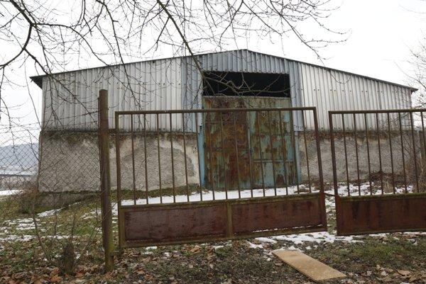 Nový majiteľ plánuje areál najprv vyčistiť a zhodnotiť stav budov.