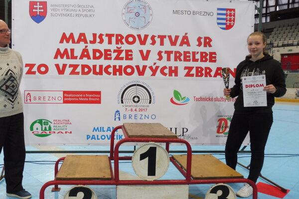 Veronika Krunková so svojím trénerom Pavlom Cibákom.